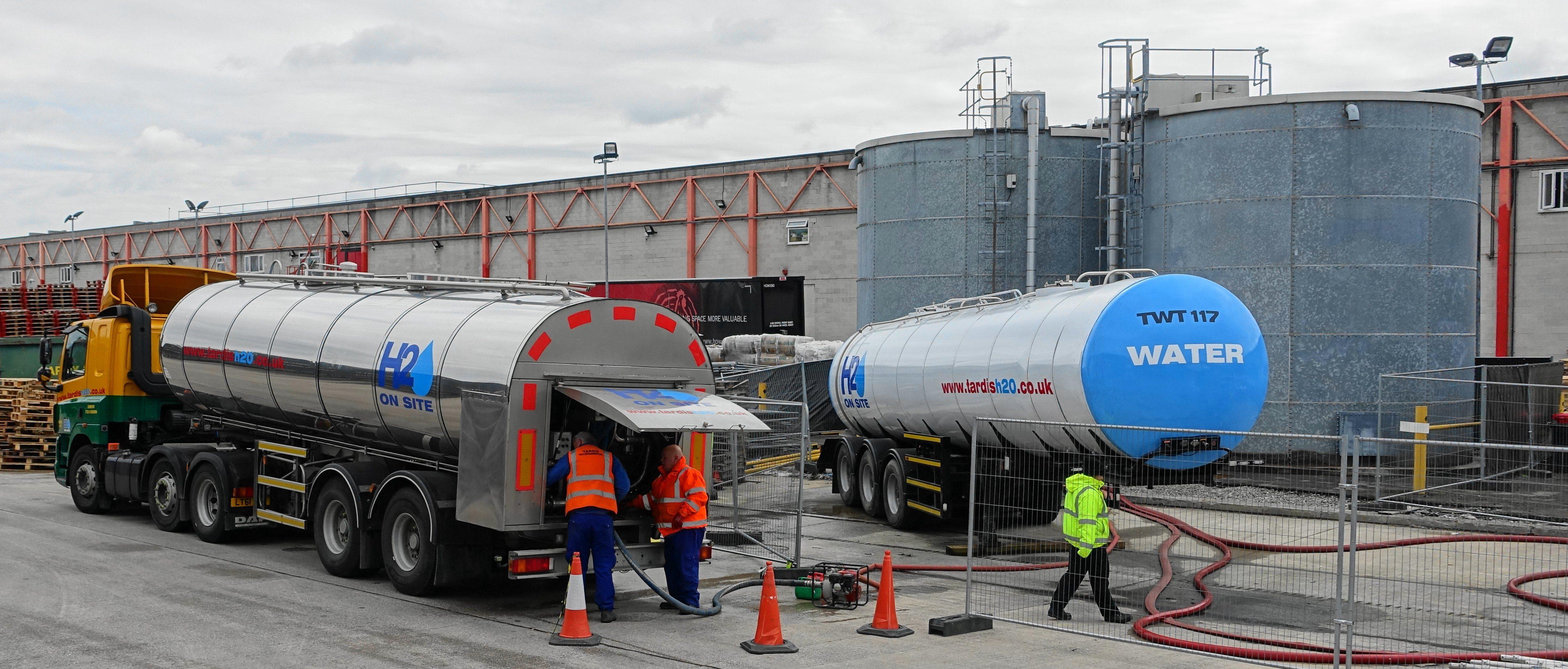 Tardis tanker, tanks