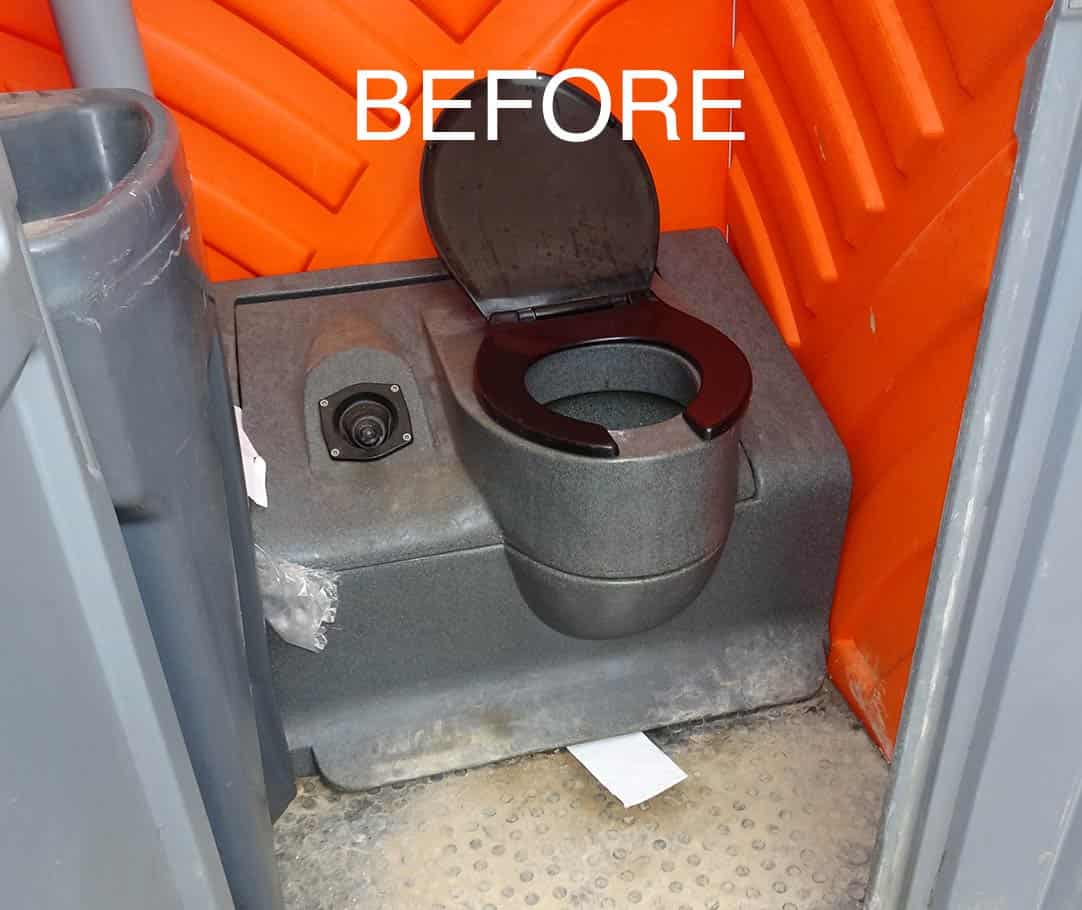portable toilet cleaning service