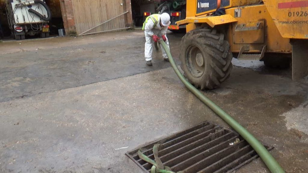 drain interceptor cleaning