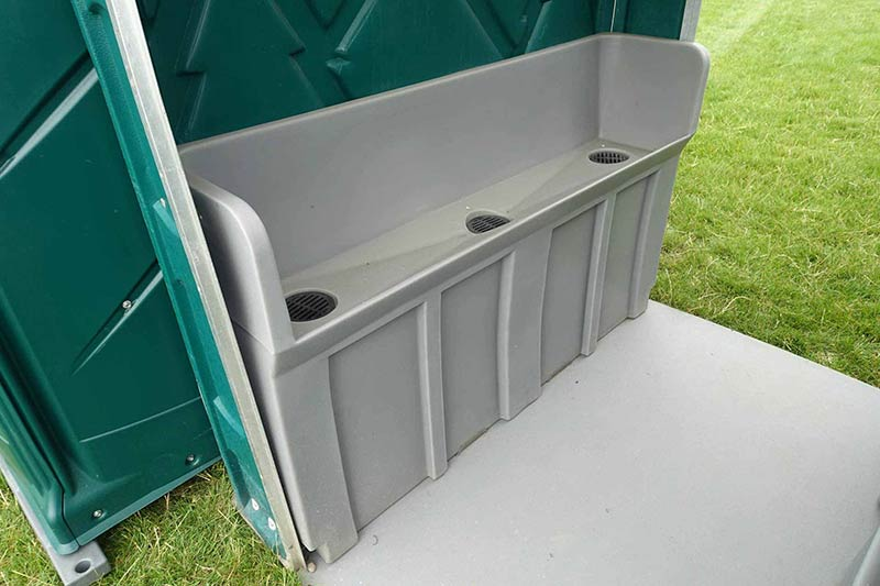 6 bay mens portable urinal