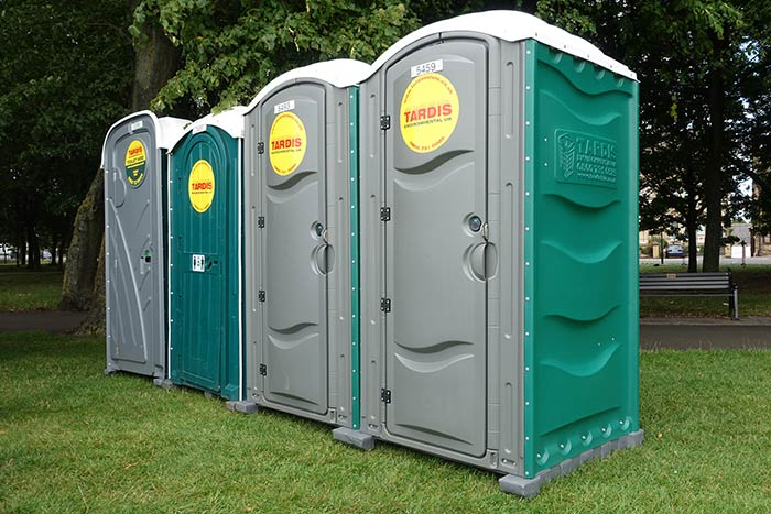 outdoor wedding toilet hire