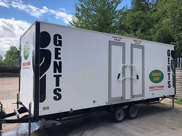 20 bay mens urinal trailer